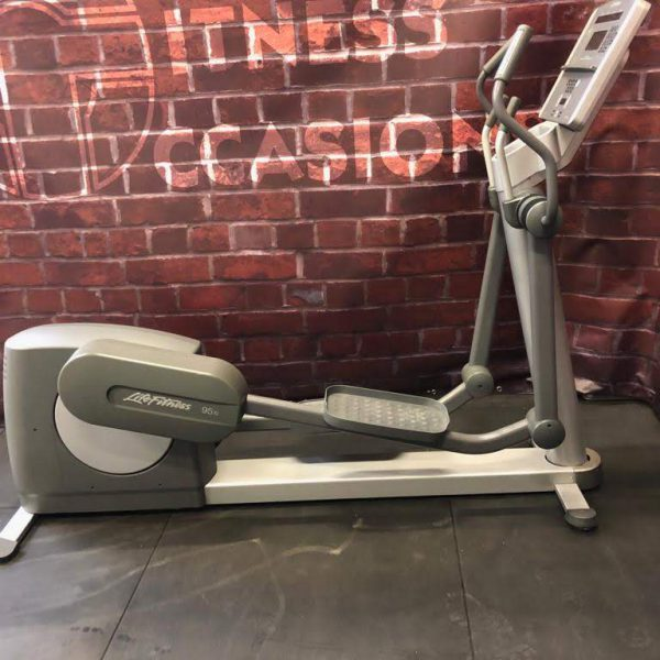 Life Fitness Integrity Series Crosstrainer Image